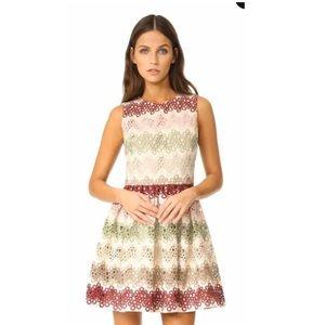 Alice + Olivia Joyce Crew Neck Party Dress Size 0